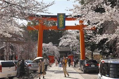 海阔天空 游日本神社行礼如仪 | 旅游 | 人间福报