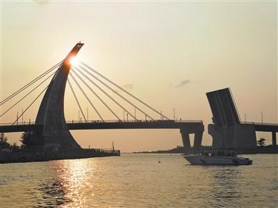 旅行的风景--东港开桥秀